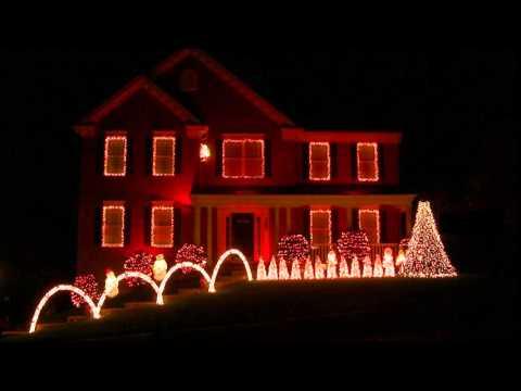 Star Wars Christmas Light Show - The Force Awakens