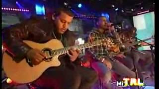Aventura - Por Un Segundo ...Video... en vivo.....Lyrics on Description!!!