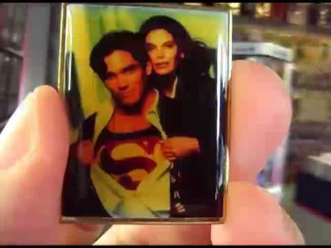 LOIS & CLARK The New Adventures of Superman TV series promotional pin from 1996!