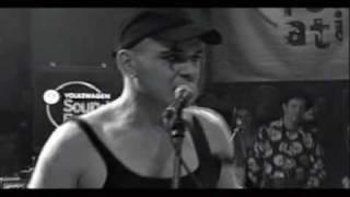 The Bates - Like A Hurricane - Live - Overdrive