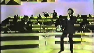 """Tom Jones sings """"Vehicle"""" - Live 1970"""