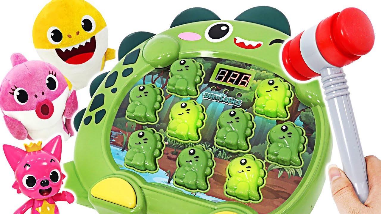 아기상어 VS 엄마상어 승자는 누구~? 공룡 두더지잡기게임 놀이! | 핑키팝토이
