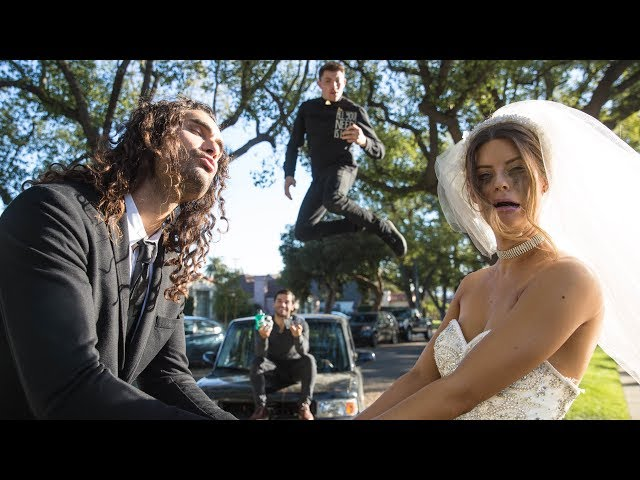Runaway Bride | Hannah Stocking
