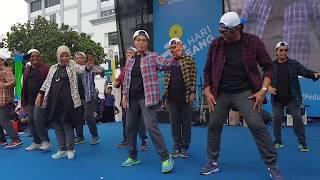 Download Video [EVENT] - Menkeu Joget Ala Korea #HariOeang72 MP3 3GP MP4