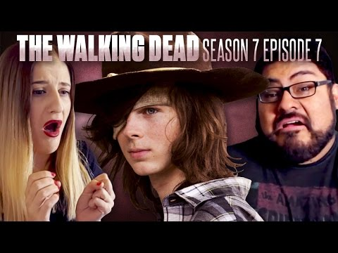 "The Walking Dead: Season 7 Episode 7 ""Sing Me A Song"" Fan Reaction Compilation"
