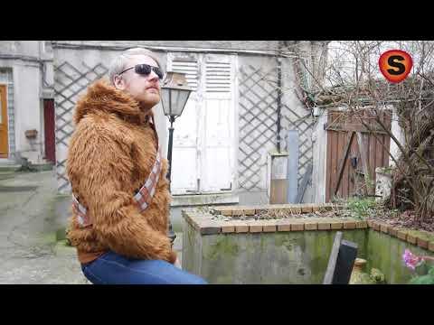 eefbefcb A noter que Super Insolite s'engage contre l'utilisation de poils de Wookie  naturels pour la fabrication de ces vestes. Nous garantissons à nos clients  une ...