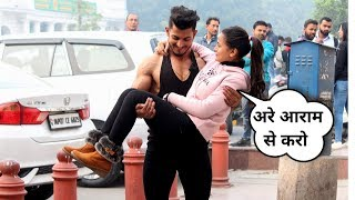 Biceps curling with cute girl's    Sam Khan