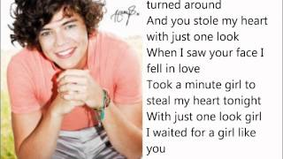 One Direction - Stole My Heart lyrics on screen