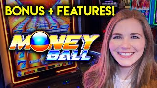 First Try Money Ball Slot Machine! Loving The Moneyball Feature! Got The Free Spins!