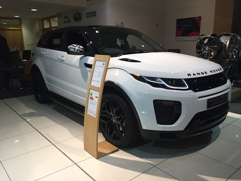 2017 Range Rover Evoque Coupe Union Jack - Exterior and Interior Review