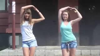 Учимся, как надо танцевать бара бара бери бери бери бери