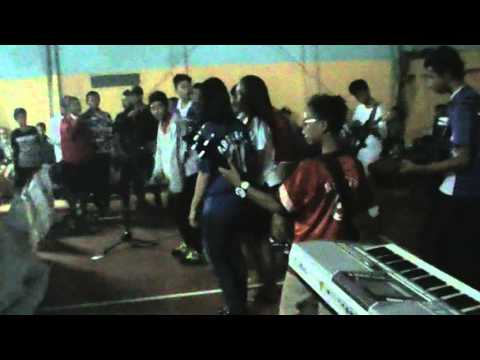 Skalianska berdansa songs@big family aniversary kampungska