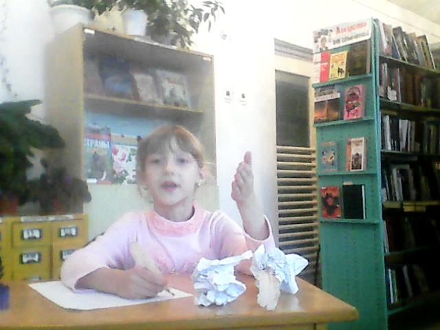 Изображение предпросмотра прочтения – АнгелинаКарпеченко читает отрывок изпроизведения «Евгений Онегин» А.С.Пушкина