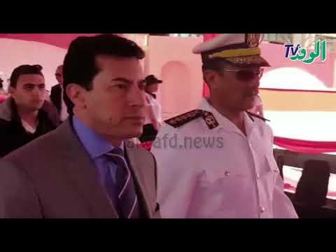 وزير الشباب والرياضة يشارك في الاستفتاء على تعديلات الدستورية  - 21:52-2019 / 4 / 20