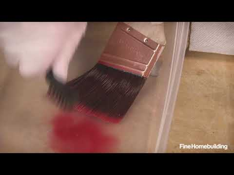 How to Clean Oil-based Finish From a Brush