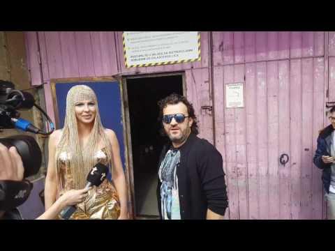 JK Mogu da budem i gola! Aca Lukas i Jelena Karleusa - Duet i prozivke! Problem i resenje!