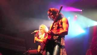 Steel Panther Eyes Of A Panther [Music Video]
