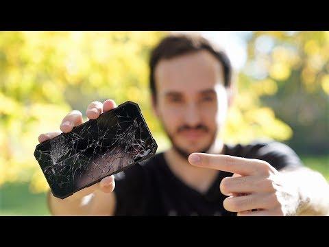 Odolá odolný mobil? [crash test]