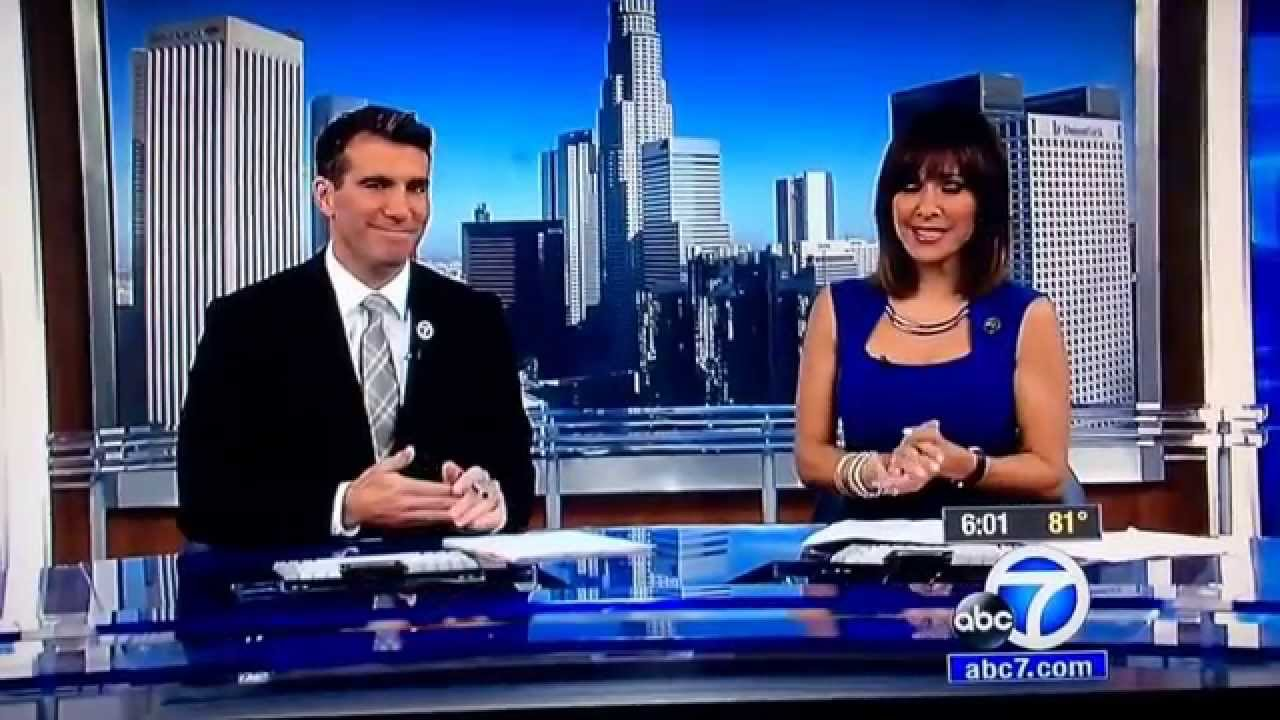 KABC ABC 7 Eyewitness News at 6pm Saturday open July 25, 2015