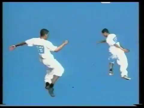 FITIA TARALILA SAMOËLA (Album MANATOSAKA / Studio MARS 1999)