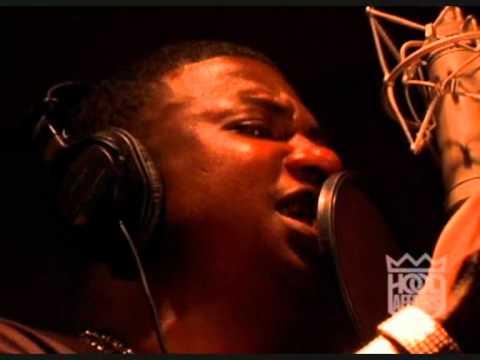 "GUCCI MANE FT SHWAN JAY - ""LOUD PACK"" IN STUDIO VIDEO"