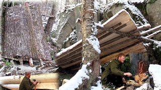 Early Winter Bushcraft Build Natural Primitive Bark Roof Lean To Shelter Campfire Cooking on Stone