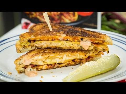 Recipe – Vegan Tempeh Reuben Sandwich with Russian Dressing – Hallmark Channel