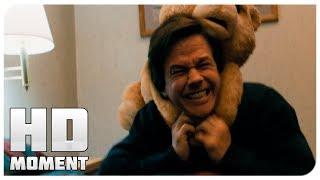 Драка Джона и Теда - Третий лишний (2012) - Момент из фильма