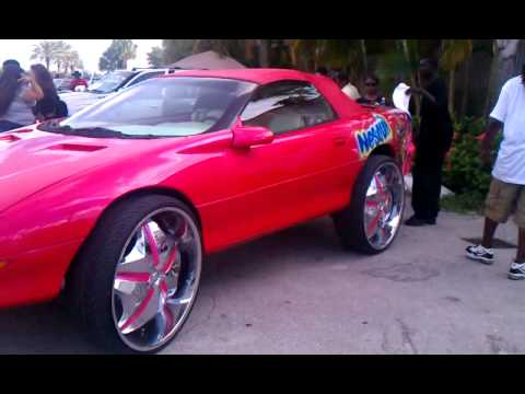 Camaro Vert on 28s at X102.3 Car Show in Palm Beach County ...