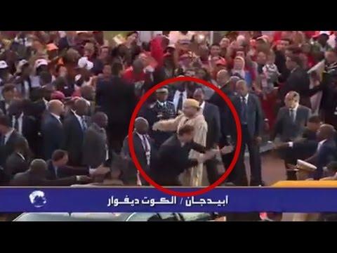 انفعال الحارس الشخصي للملك محمد السادس على السائق: انفعال الحارس الشخصي للملك محمد السادس على السائق  انفعال الحارس الشخصي للملك محمد السادس على السائق  انفعال الحارس الشخصي للملك محمد السادس على السائق