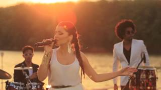 Repeat youtube video Mandinga - Sufletul zambea (Official HD video)