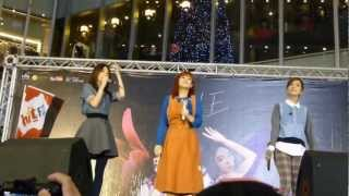 2012.12.01 S.H.E - 明天的自己 花又開好了簽唱會 @台中新時代購物中心