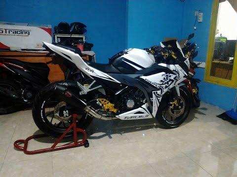 Modif New CBR 150 R With R9 Assen Black
