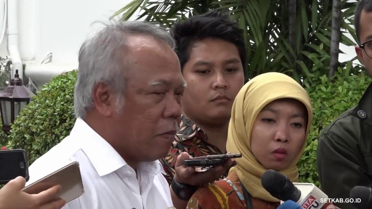 Hasil gambar untuk Menteri PUPR Basuki Hadimuljono menjawab wartawan usai mengikuti Sidang Kabinet Paripurna, di Istana Negara, Jakarta, Selasa (7/8) siang