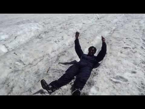 ENJOY ON ICE AT ROHTANG, MANALI, HIMACHAL PRADESH