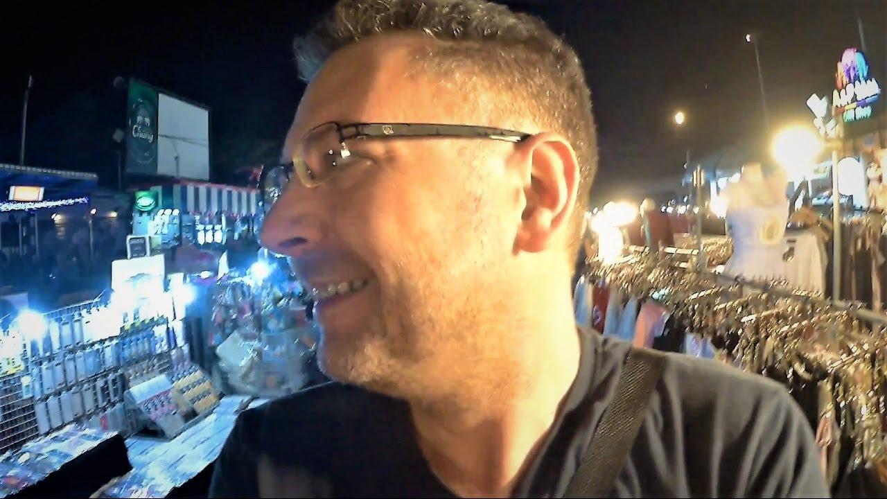 Meeting a Thai superstar at night market LIAB DUAN - BANGKOK