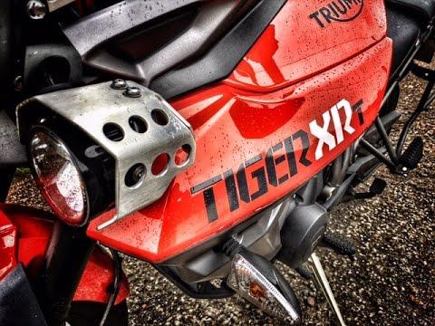 Triumph Tiger 800 Review