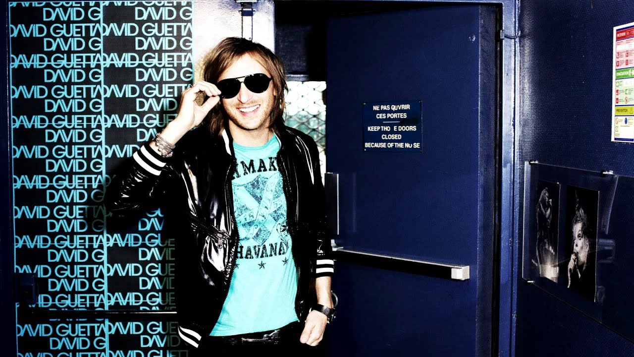 Download David Guetta feat. Nicki Minaj & Flo Rida - Where them Girls at [HQ]