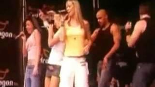 Atomic Kitten - Feels So Good (Bute Park 2003)
