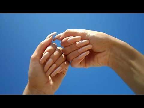 Нимфоманки сдлиными ногтями фото 555-544