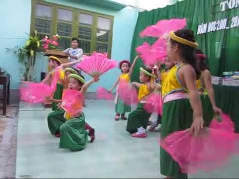 Tổng kết mầm non Hồng Vân 2012 - 08 - Hoa Thơm Bướm Lượn