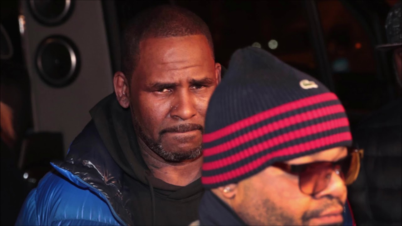 BREAKING R Kelly Pleads Not Guilty To 10 Counts Of Sexual Abuse