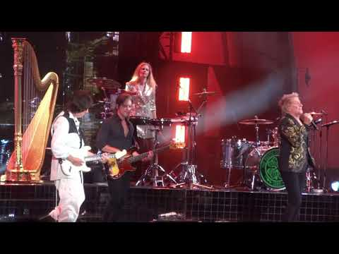 Kenny Young - Watch Jeff Beck And Rod Stewart Reunite At The Hollywood Bowl