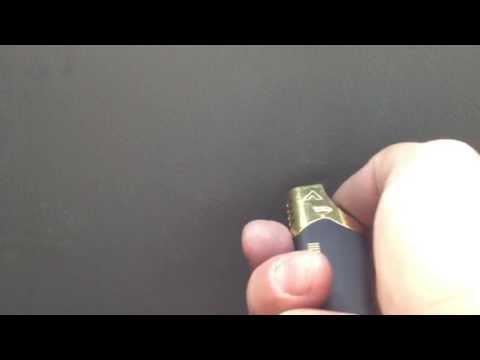Как убрать царапины на пластике внутренней обшивки