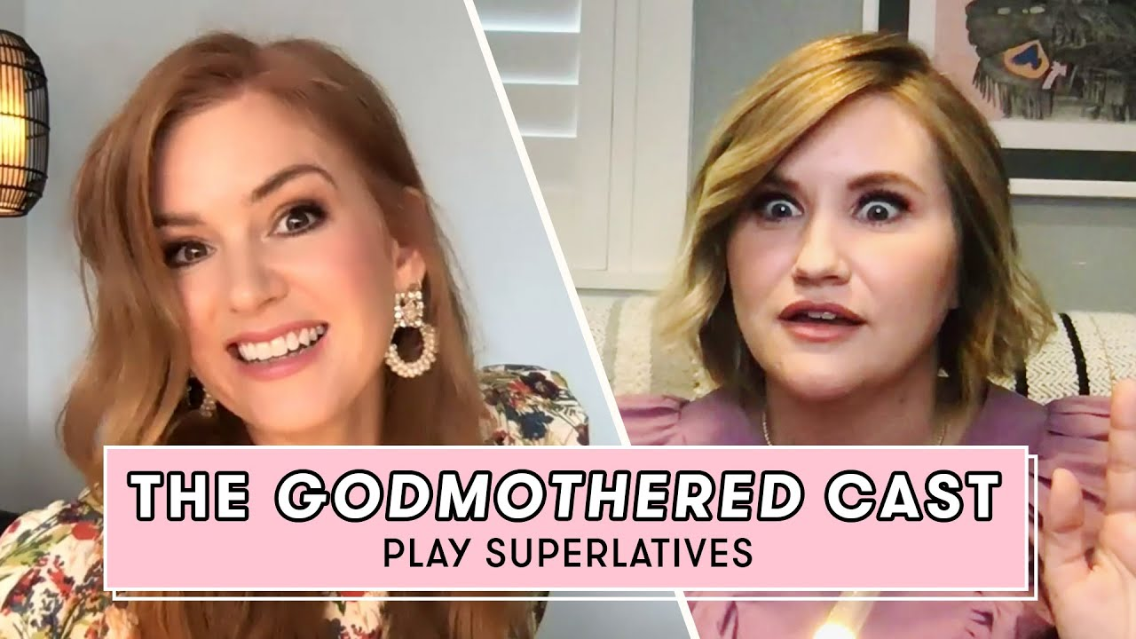 Godmothered's Isla Fisher & Jillian Bell Reveal Who's More Magical and More | Superlatives Seventeen
