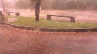 Temporal com ventos fortes e granizo atinge Caçador
