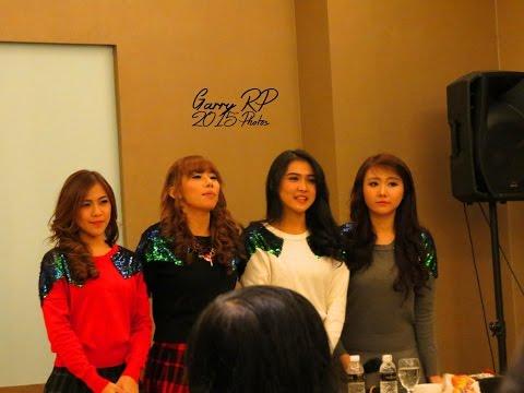 Twibi Twiboys menyanyikan lagu Aku Pasti Bisa untuk 4 MC - Meet n Greet Surabaya - 140315