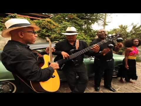 Strings Panama'm Tombe (OFFICIEL)