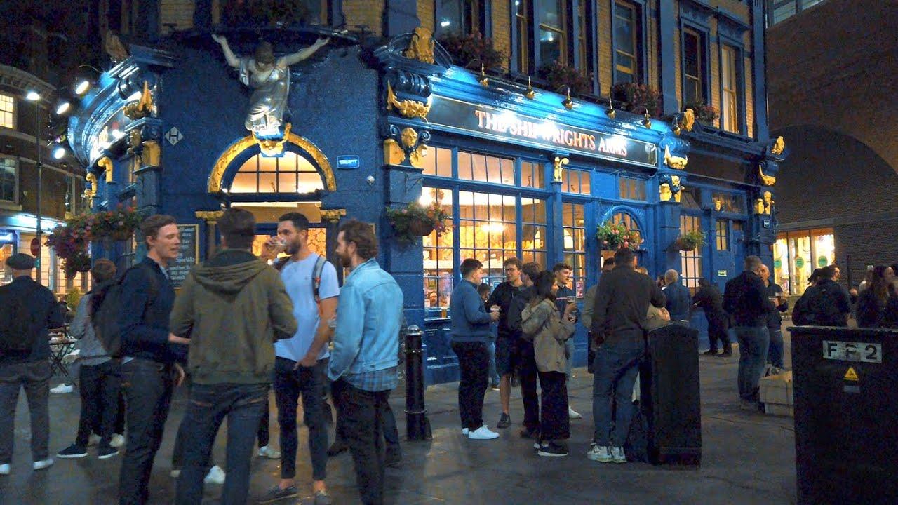 LONDON FRIDAY NIGHT BEFORE 'RULE OF SIX' - Tower Bridge to Borough Market Walk