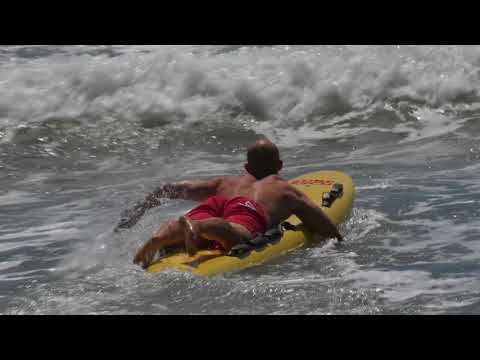 Real life Durban beach rescue by Lifesaving SA as school learners witness near drowning